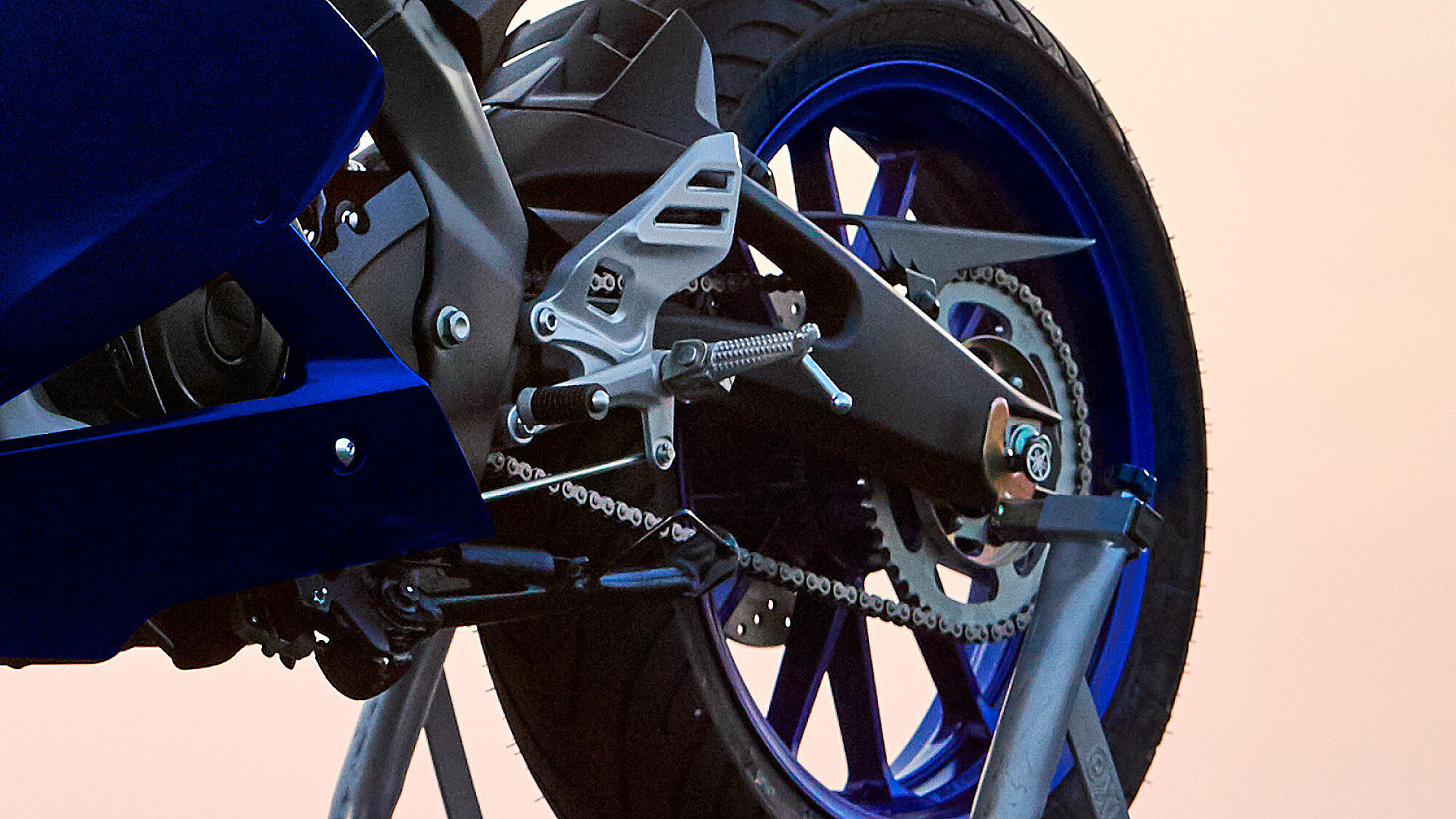 Yamaha 2021 YZF R125 pneu arrière