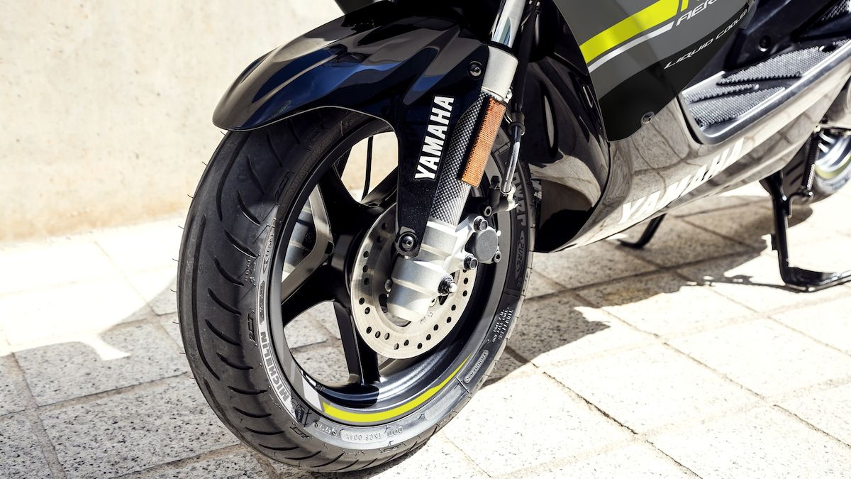 Yamaha 2019 Aerox 4 pilotage sportif