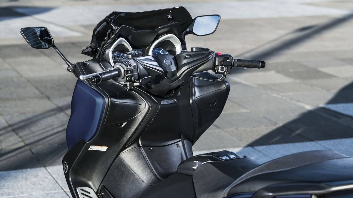 Yamaha 2019 TMAX SX Sport Edition scooter sportif