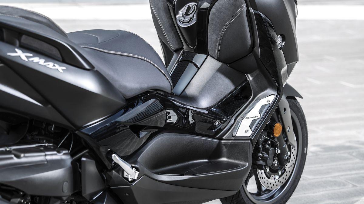 Yamaha 2019 XMAX 300 Iron Max caractéristiques exclusives