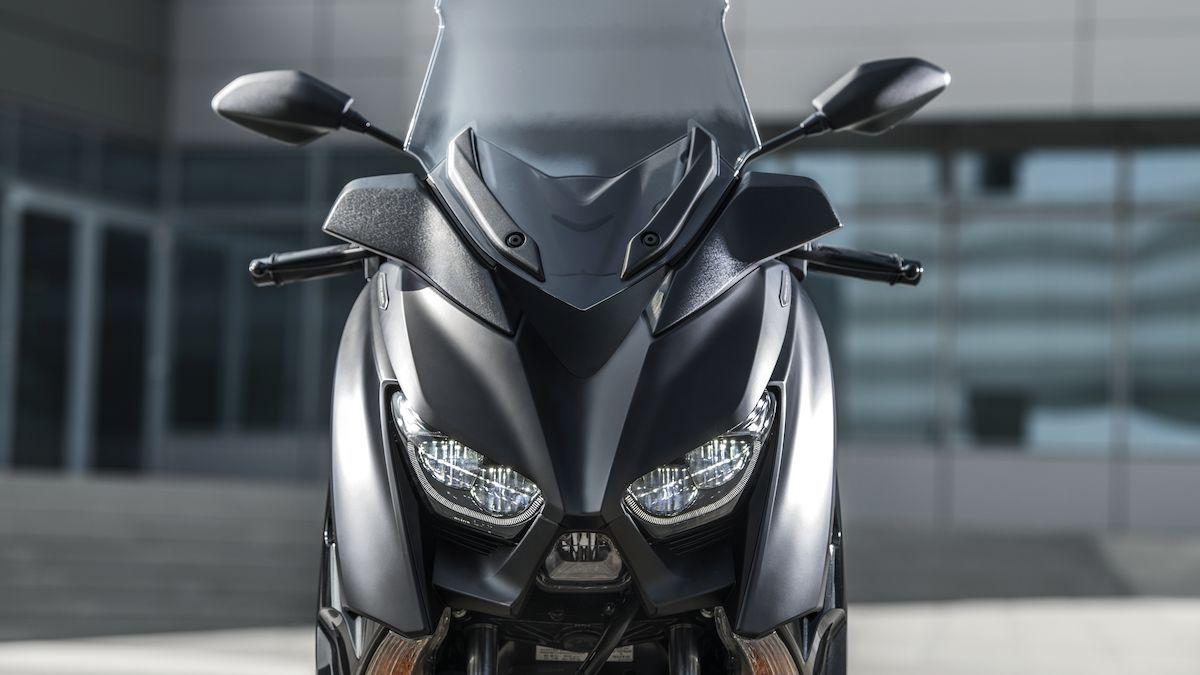 Yamaha 2019 XMAX 300 Iron Max double optique